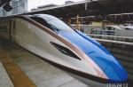 北陸新幹線かがやき号