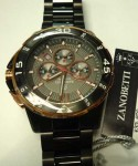 赤い秒針と赤い枠がおしゃれなザノベッティーの腕時計:¥10800